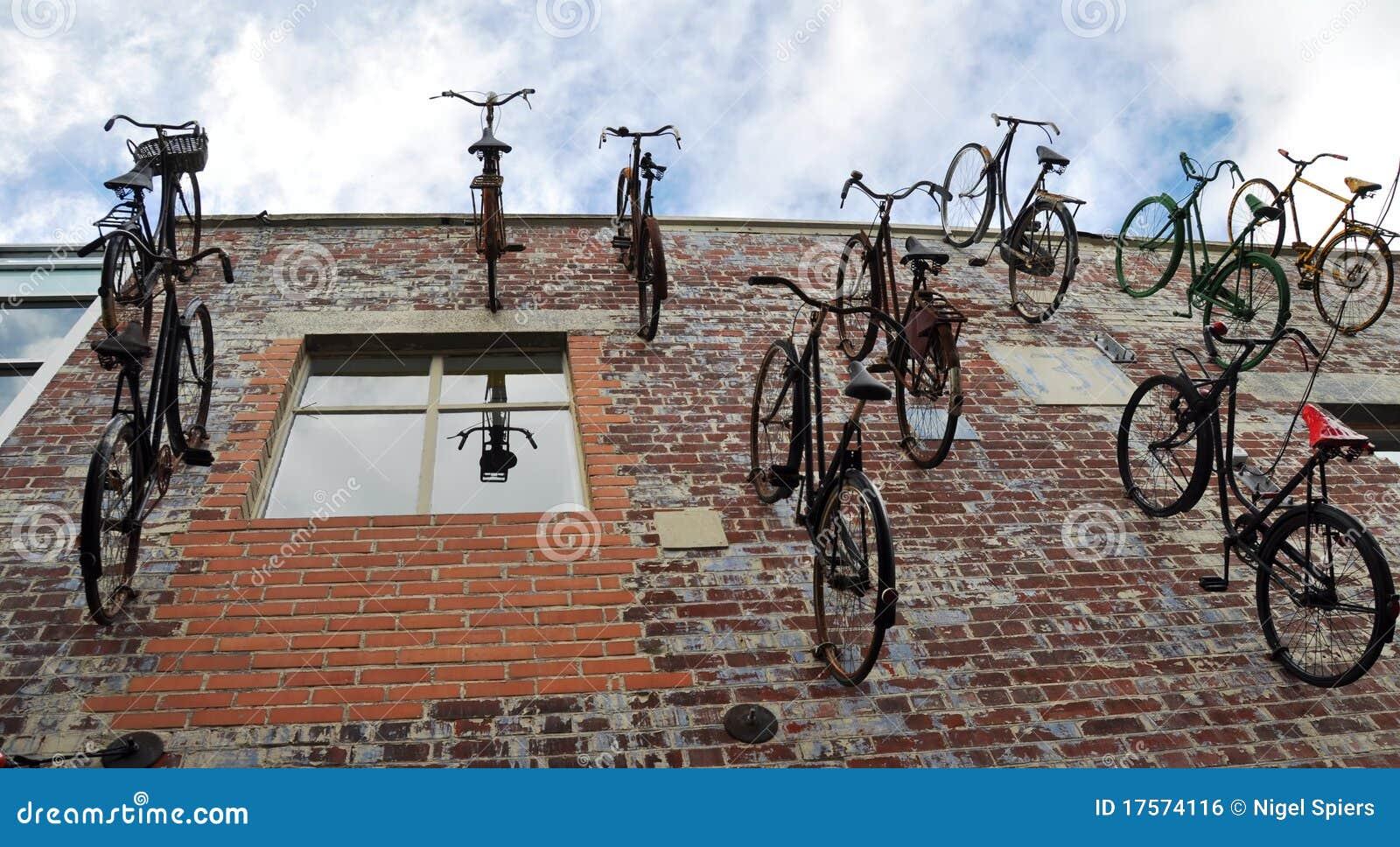 Christchurch Nuova Zelanda - moltitudine di biciclette
