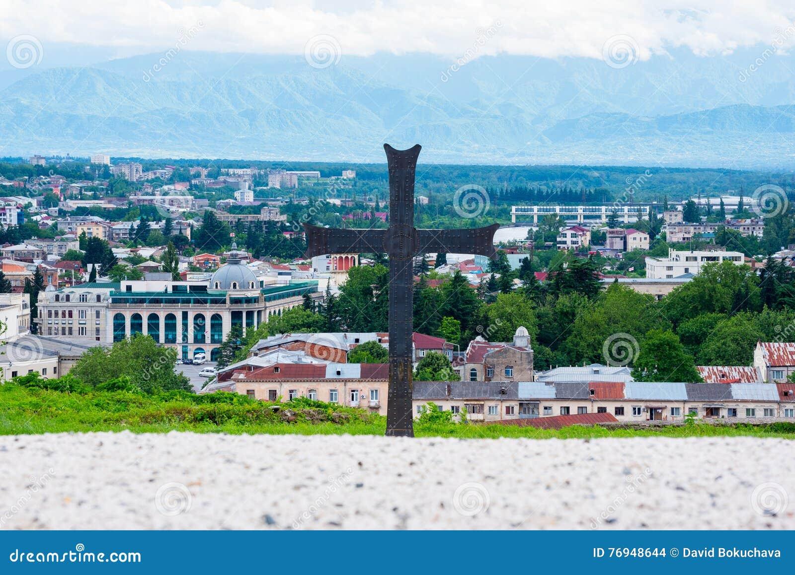 Christentum in Georgia, ein Quermonument in Kutaisi