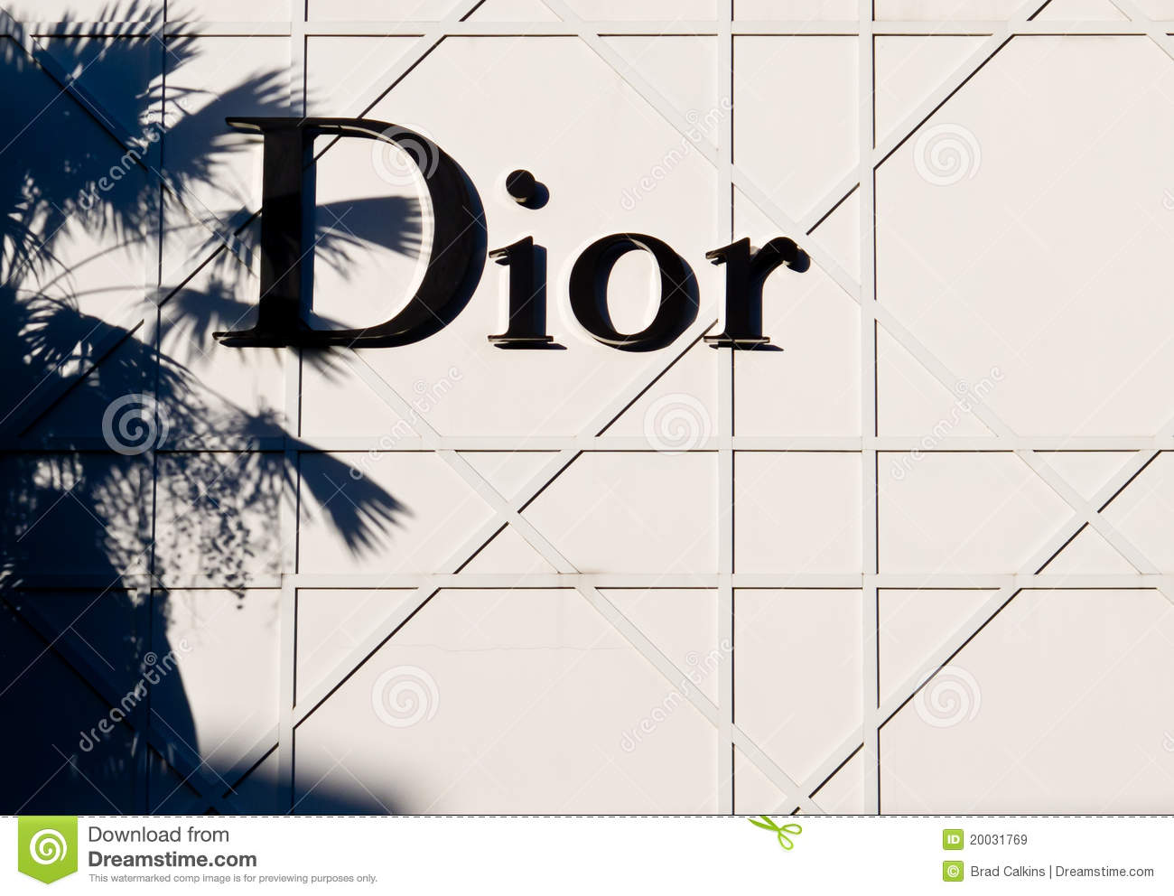 business plan of dior Revenue by business group fiscal year 2017 calendar year 2016 change 2017/2016  2017, of the christian dior couture segment to lvmh se by christian dior se,.