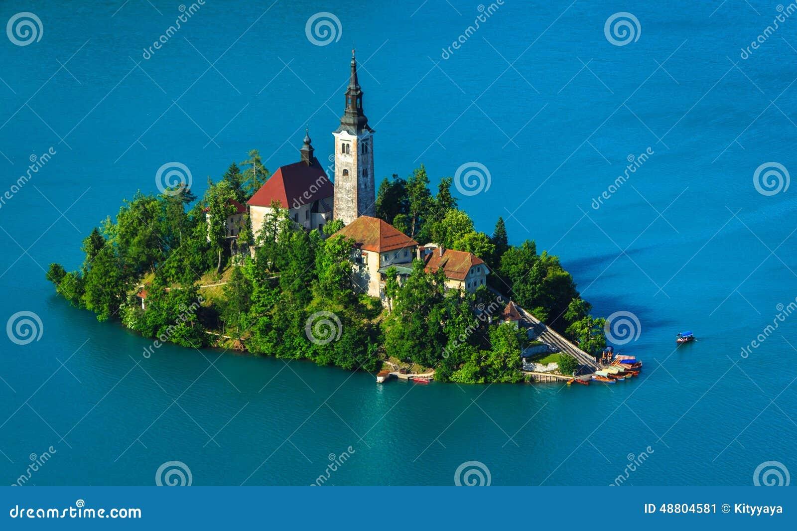 Christliche Kirche auf der Insel, geblutet