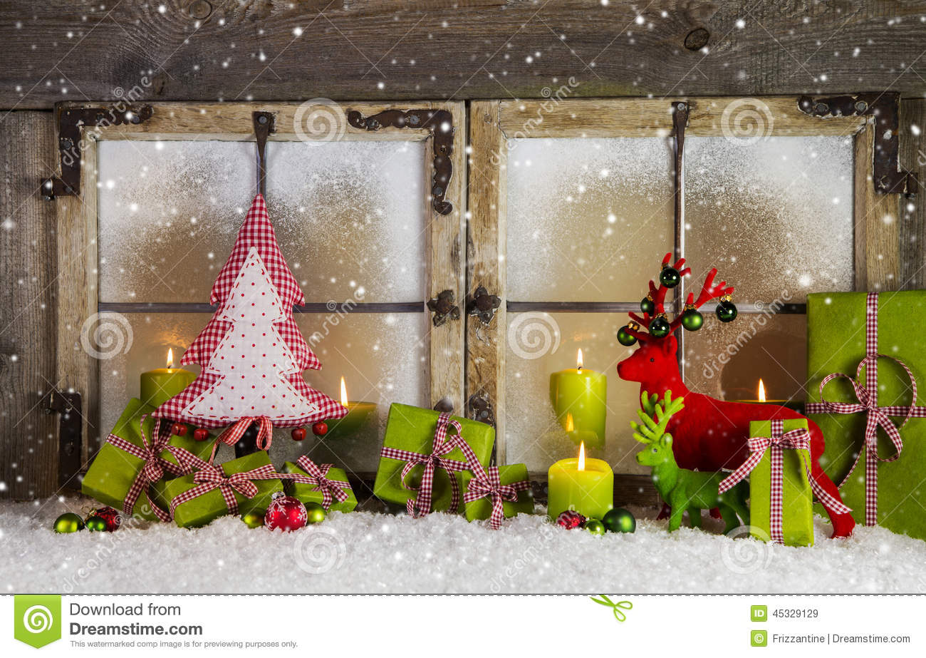 Christmas background or window decoration in red and green for Decoration de fenetre