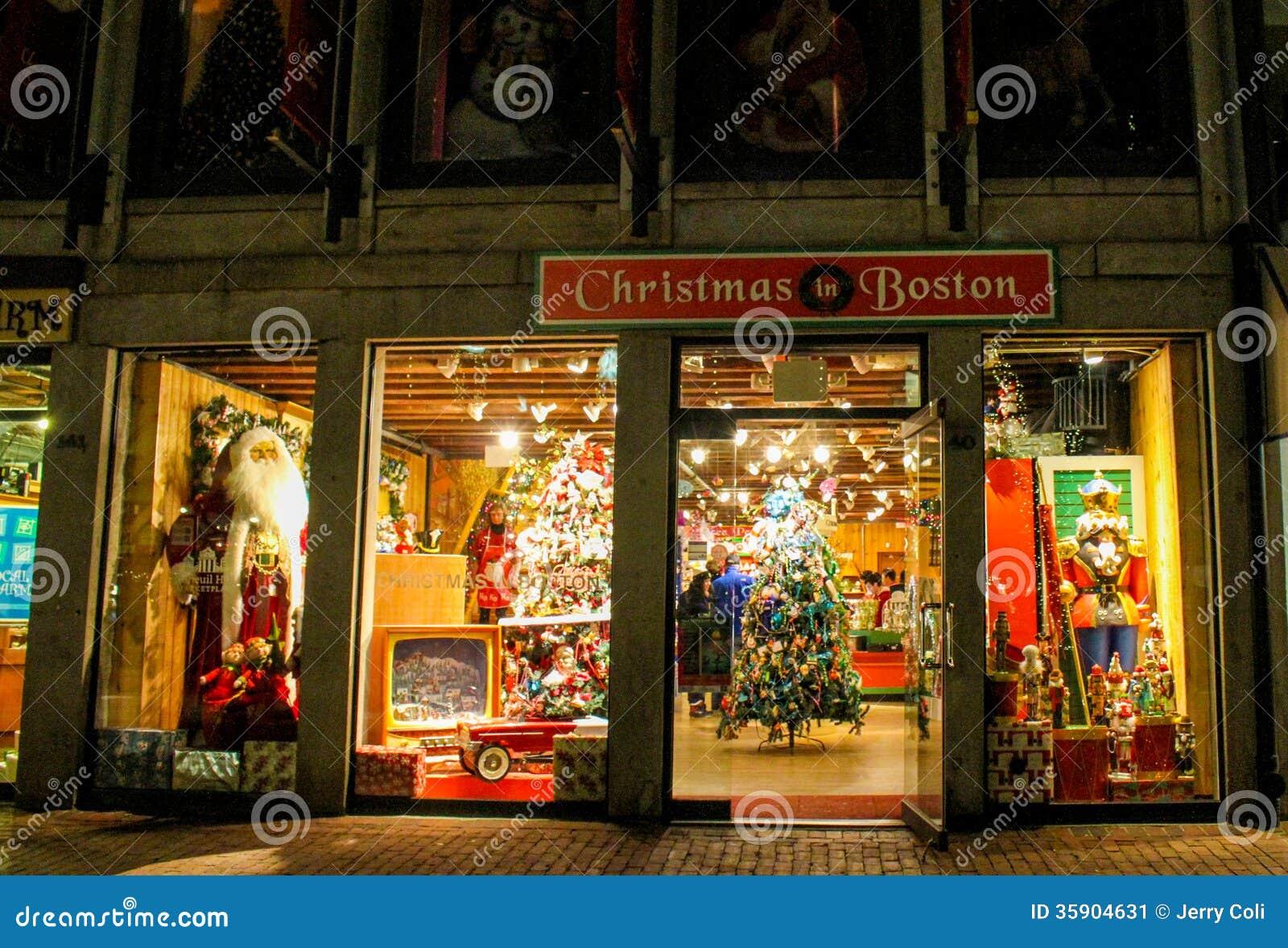 Christmas In Boston Massachusetts.Christmas In Boston Store Faneuil Hall Boston Ma