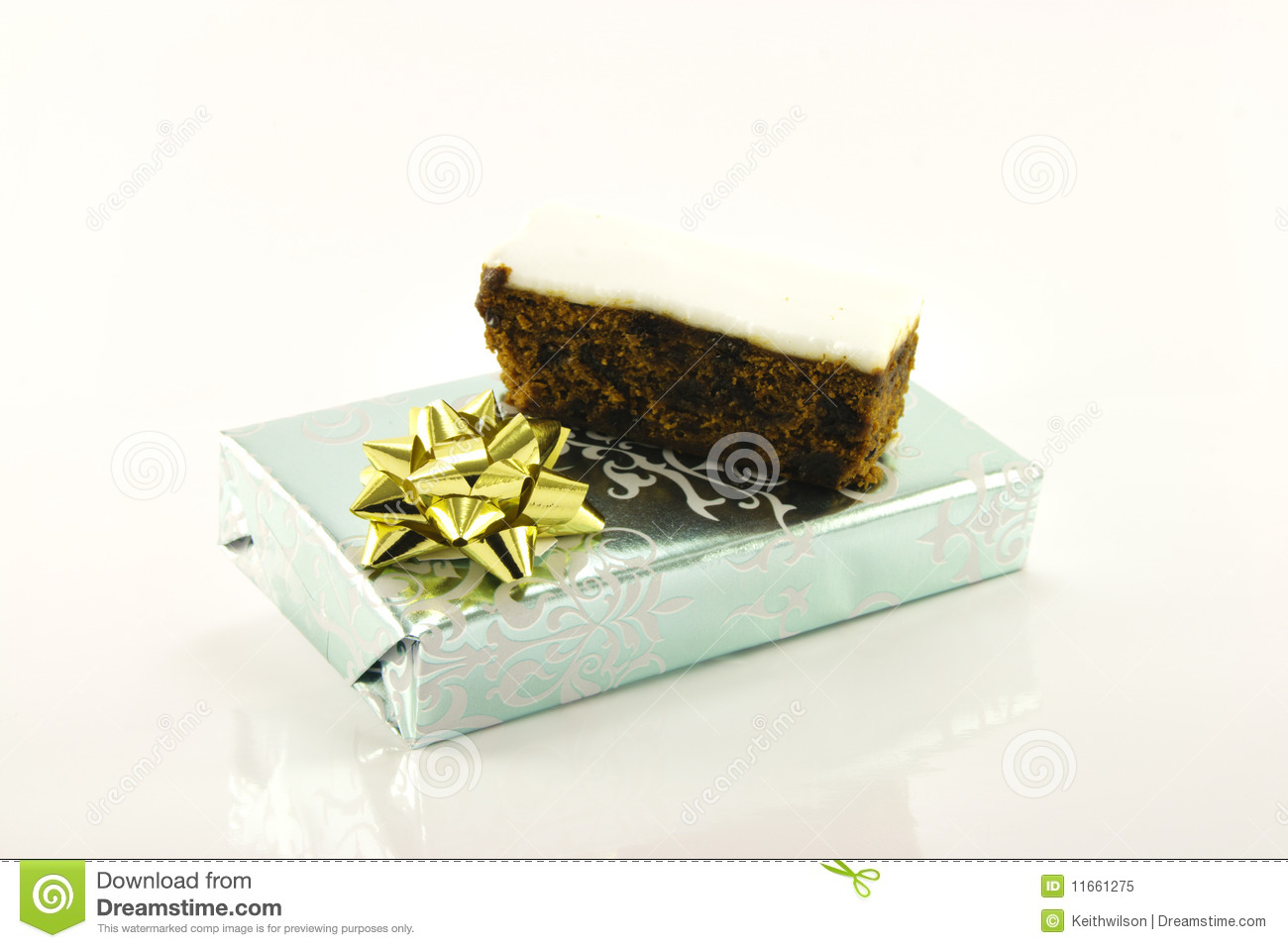 Christmas cake and gift royalty free stock photo image for Christmas cake gift