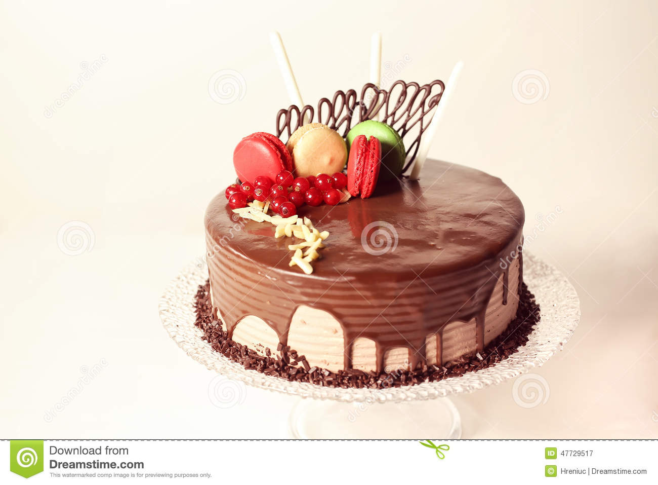 Cake With Biscuits Decoration Ideas