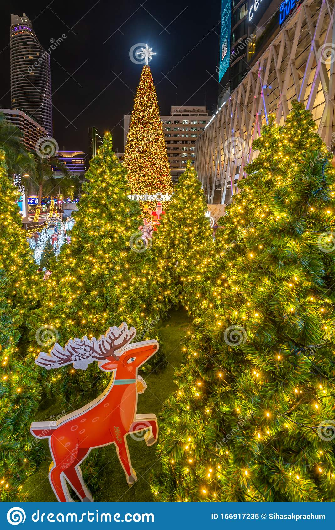 Christmas Celebration 2020 At Central World Christmas Day And Happy New Year Event In Bangkok Editorial Image Image Of Background Light 166917235