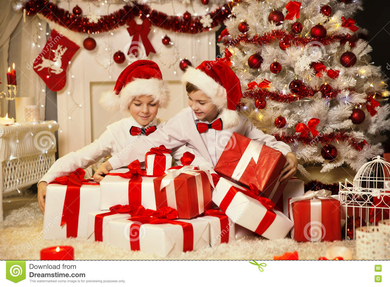 Christmas Children Opening Present Gift Box, Kids Xmas Tree Stock ...