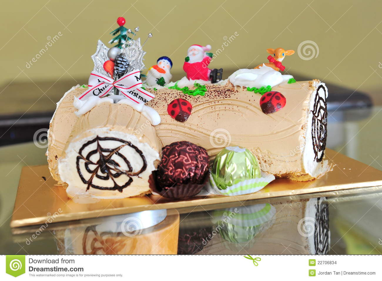 Christmas Chocolate Log Cake Stock Images Image 22706834