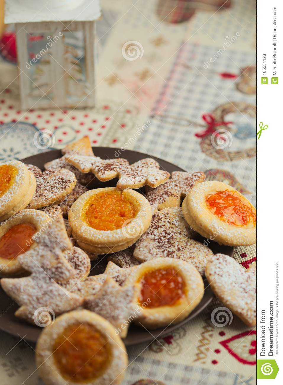 Christmas Cookies Traditional Shortbread Christmas Cakes With Jam