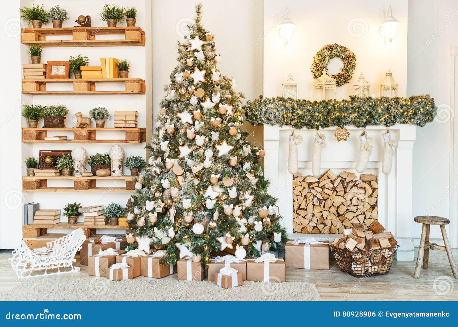 Christmas decor. Christmas tree decorations homes
