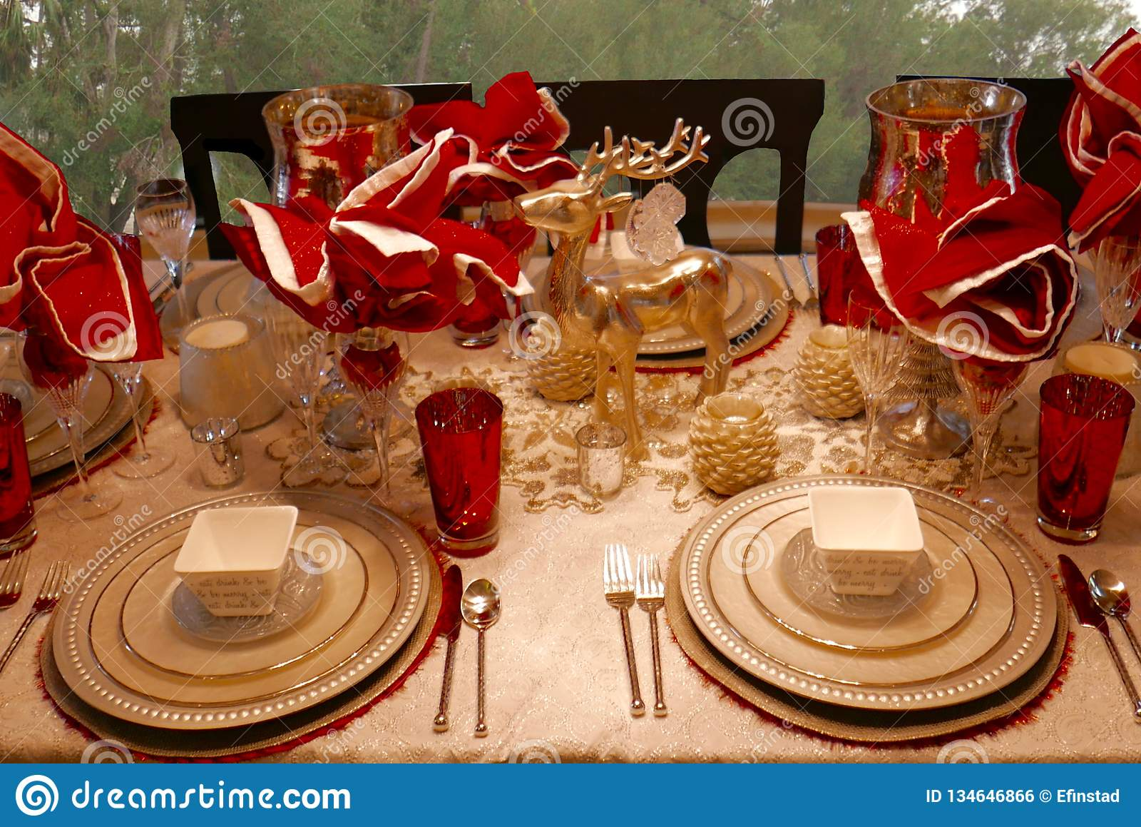 Christmas Decor Elegant Dining Table Setting In Red Gold And Silver Stock Photo Image Of Interior Formal 134646866