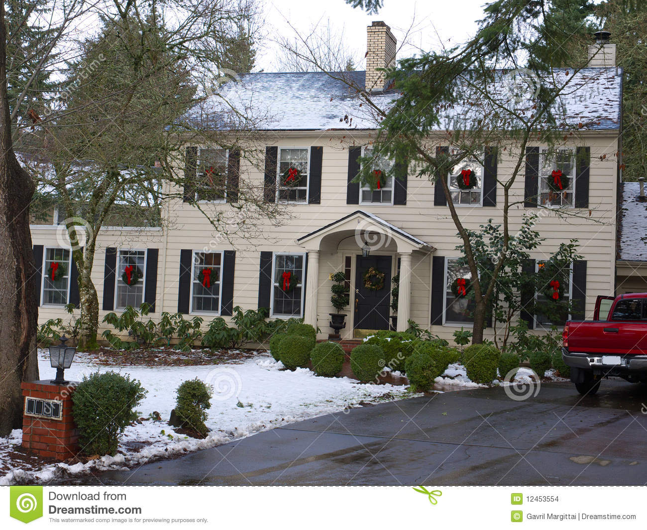Christmas decorated luxury home stock images image 12453554 - Luxury homes decorated for christmas model ...