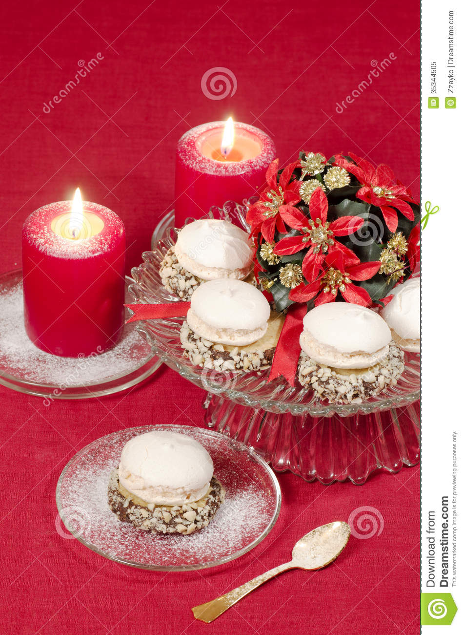 Christmas decoration with candles ribbons and cookies for 7 candle christmas decoration