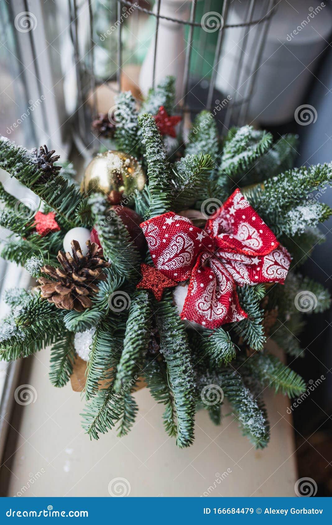 Christmas Feeding Christmas Decorations And Decor Lights