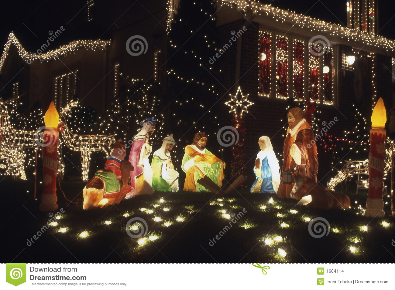 Christmas decoration jesus born holliday decorations for Baby jesus christmas decoration