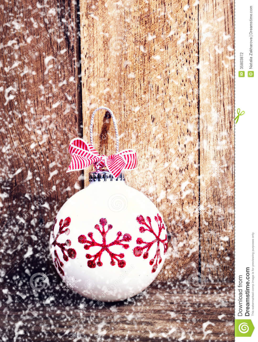Christmas decoration over wooden background with for Vintage rustic christmas decorations