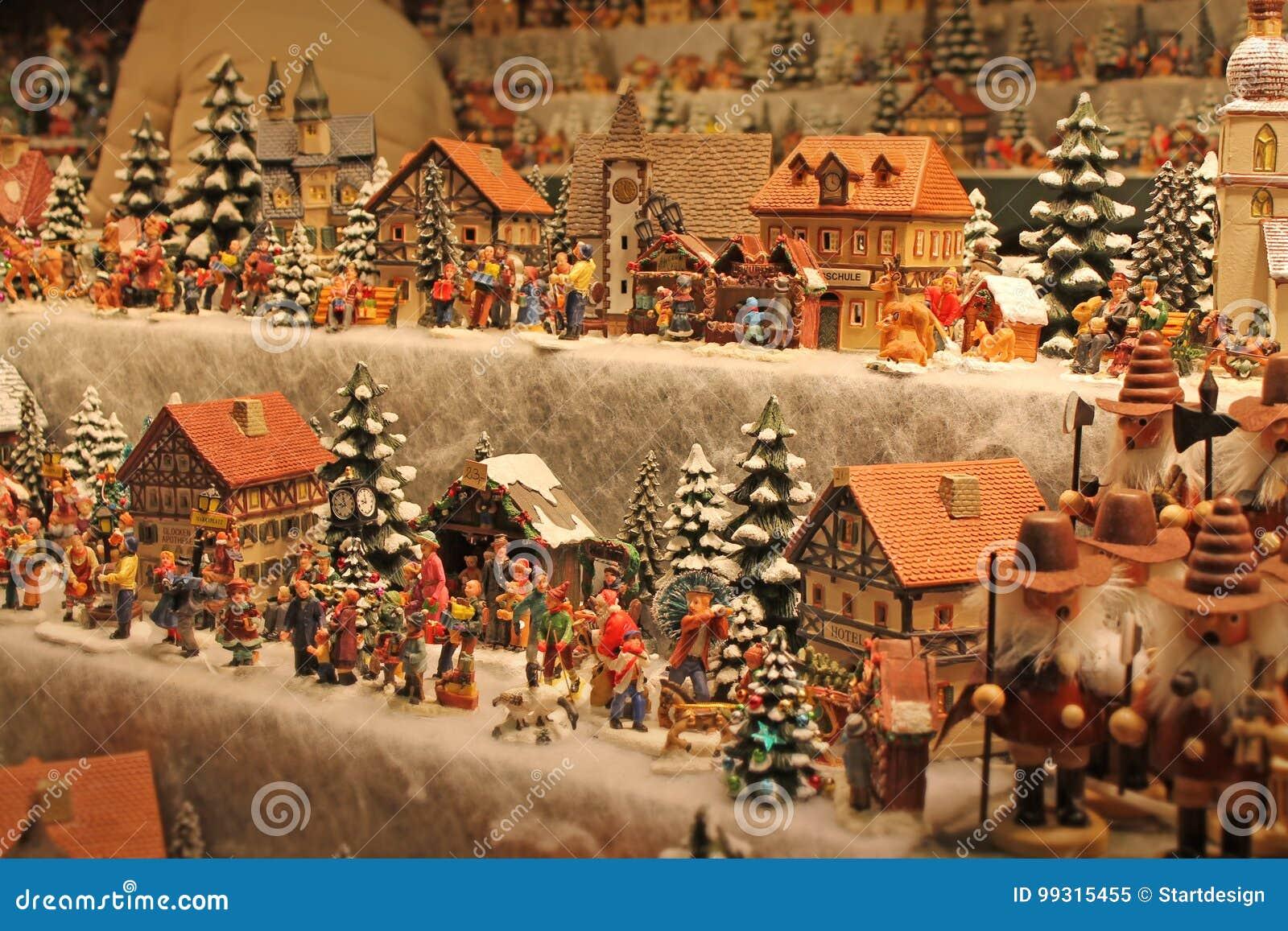 Village De Noel Miniature A Vendre Christmas Decoration For Sale On Advent Market. Stock Image