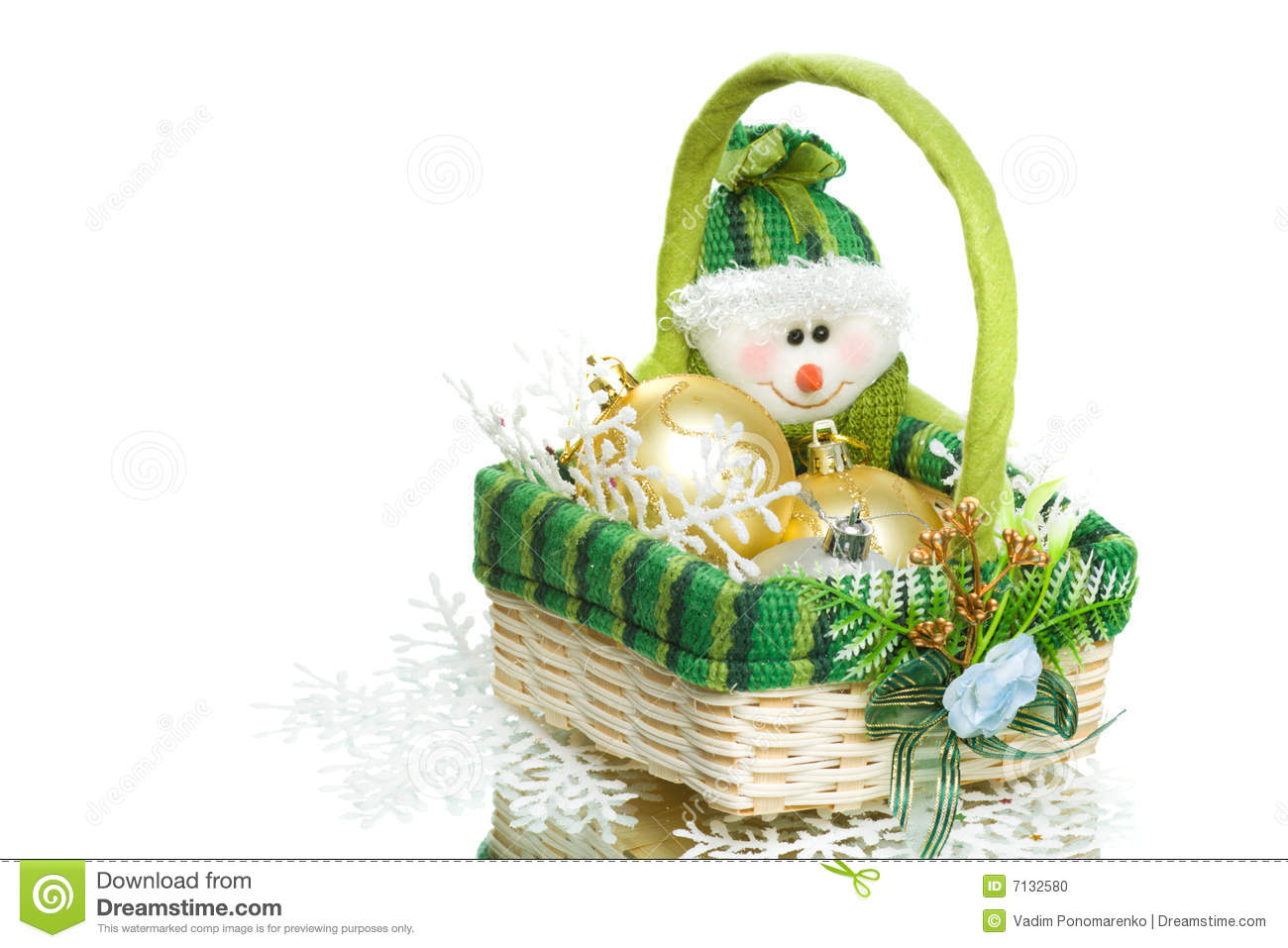 Christmas Decoration Set In Wicker Basket Stock Photo - Image of ...