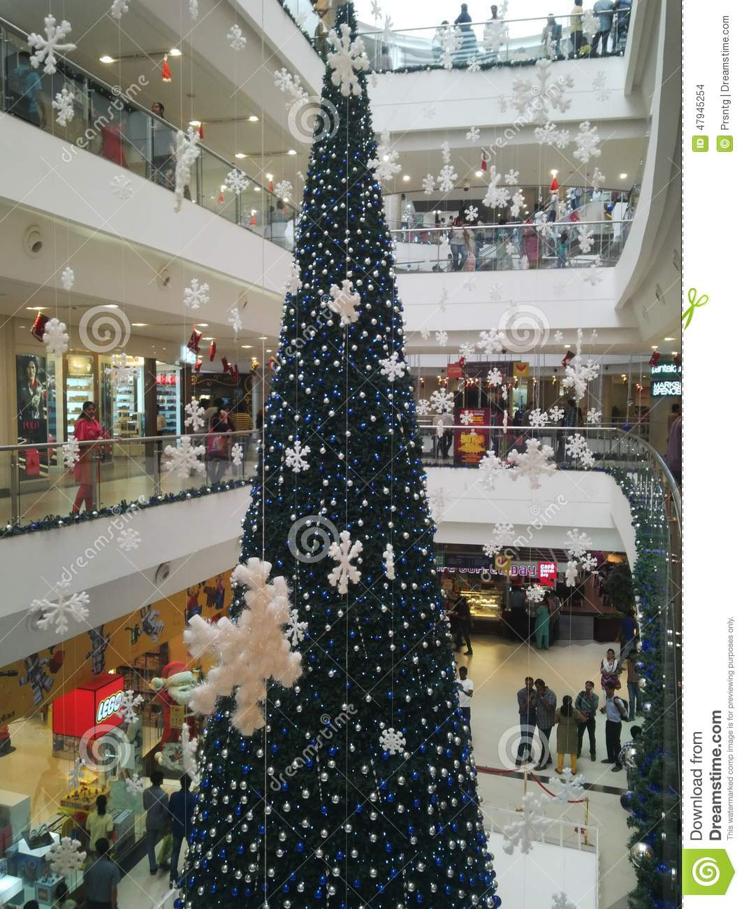 Christmas Decorations In Shopping Malls: Christmas Decoration Shopping Mall Stock Images