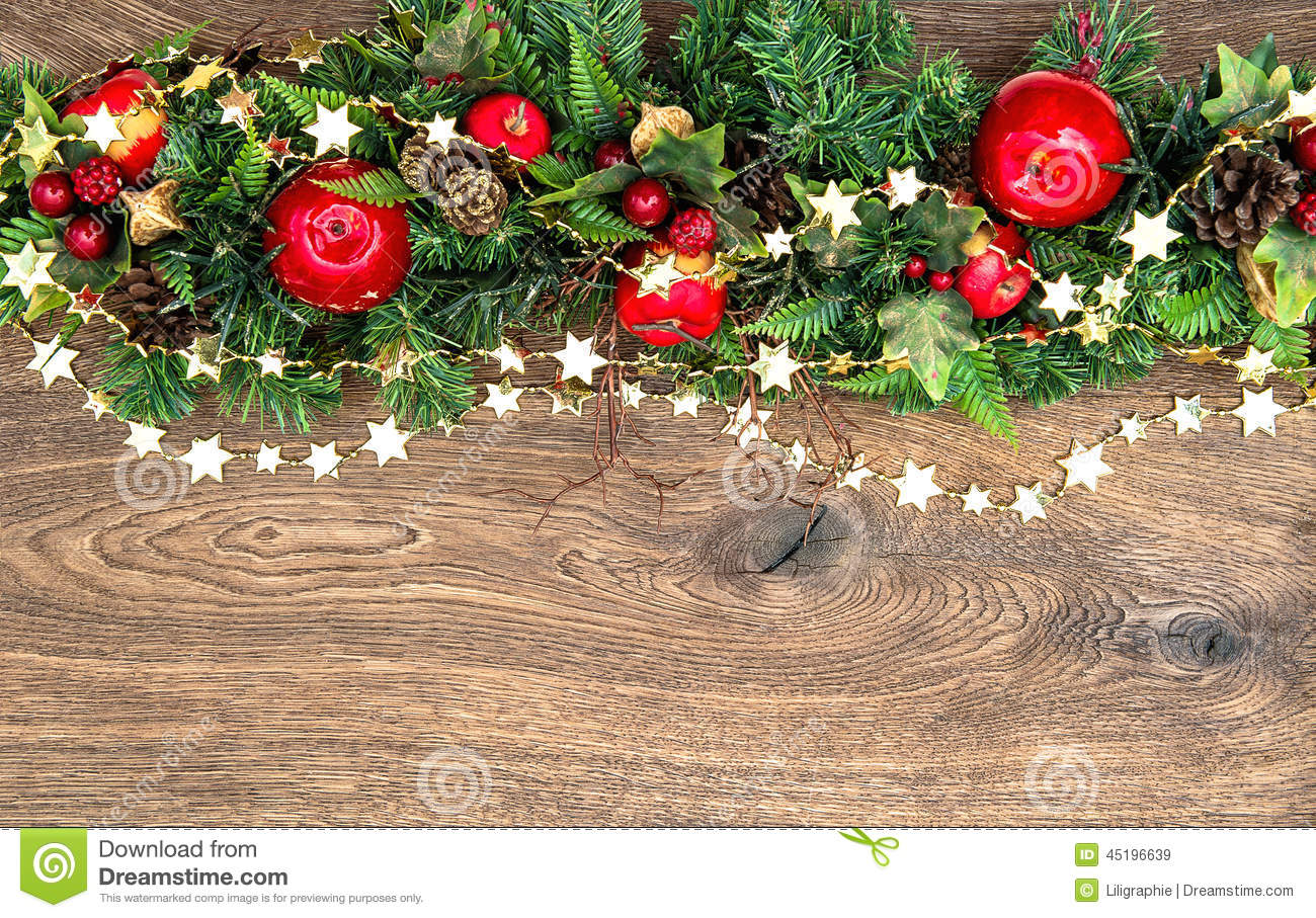 Christmas decorations garland with red apple and green for Red and green christmas decorations