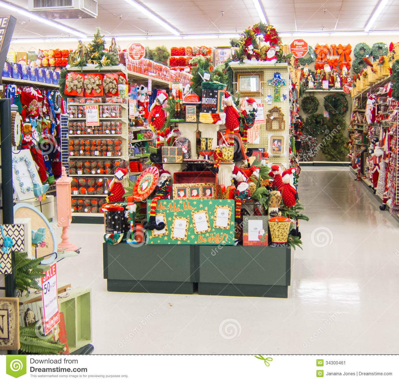 christmas-decorations-section-decoration-store-34300461.jpg