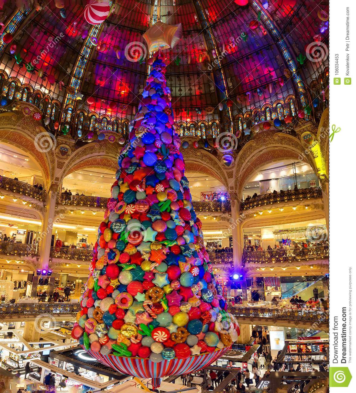 Christmas In France Decorations.The Christmas Decorations At Shopping Center Galeries