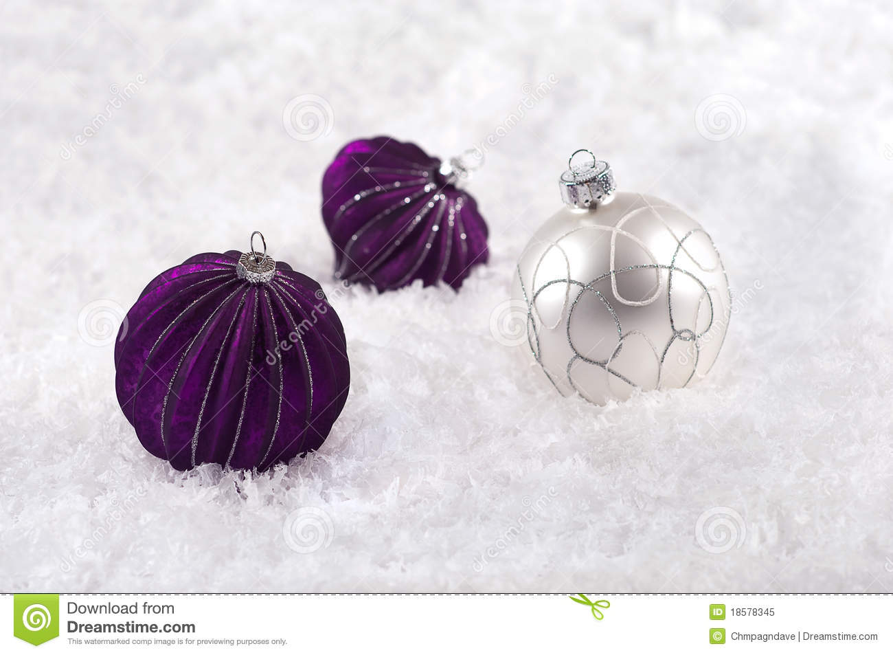 Purple silver and white christmas decorations - Purple Silver And White Christmas Decorations Christmas Holiday Purple Snow Three White Ornament Decoration Bauble