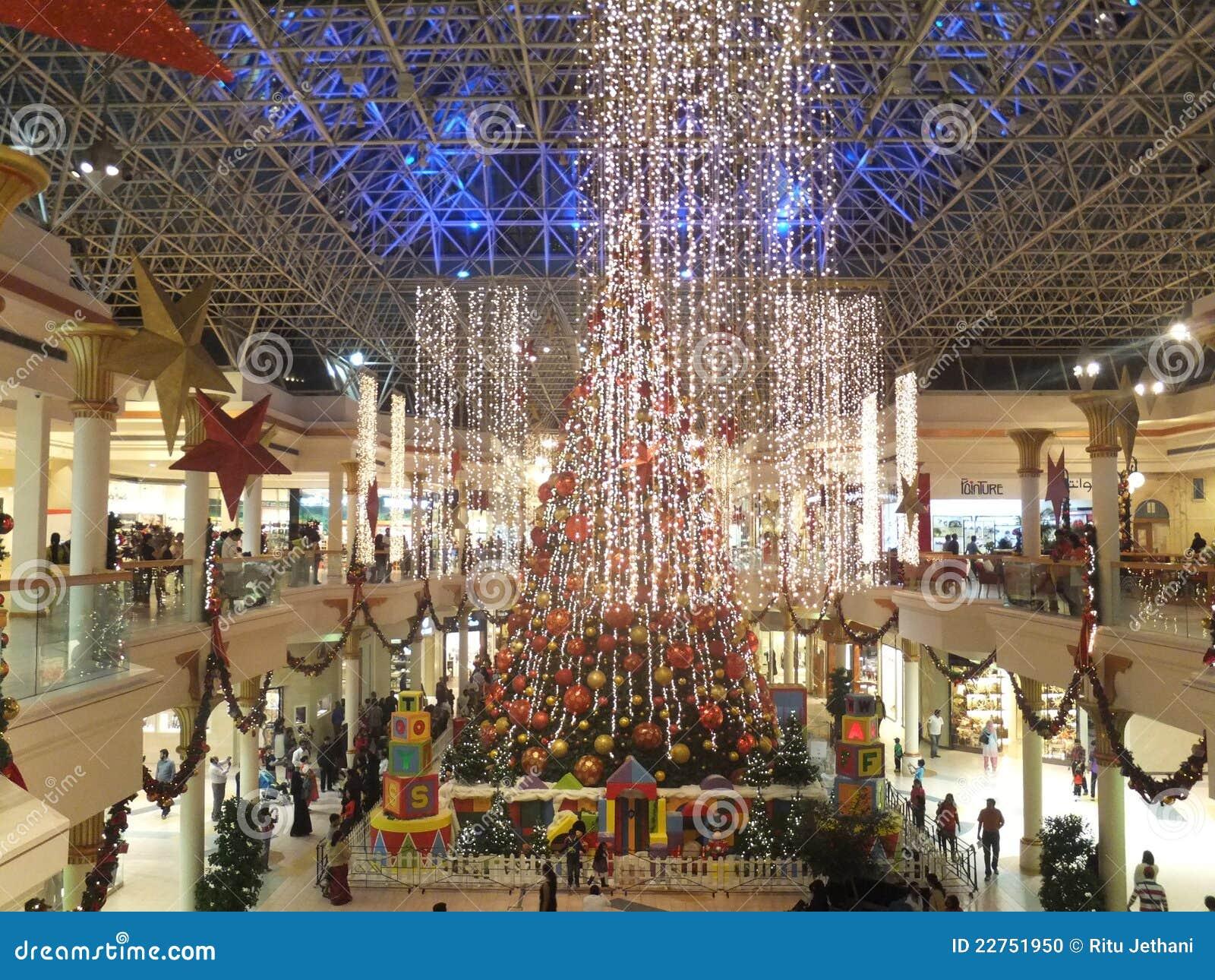 Christmas Decorations At Wafi Mall In Dubai Editorial ...