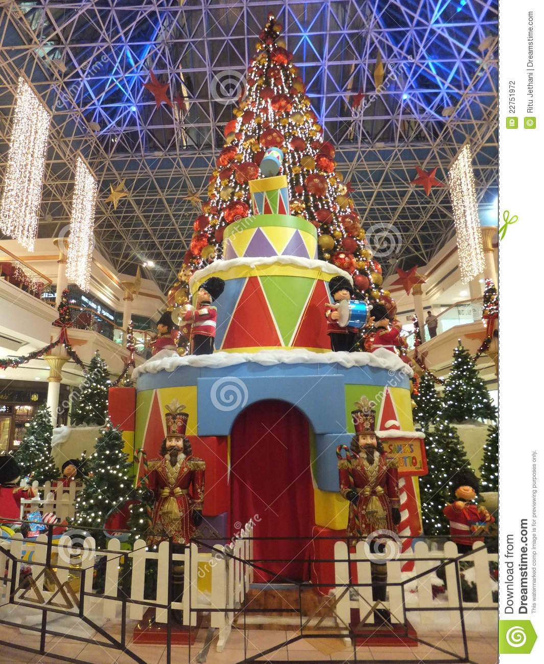 Christmas Decorations At Wafi Mall In Dubai Editorial