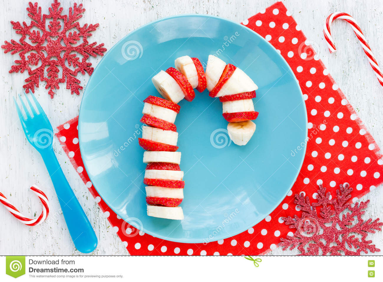 Christmas Dessert Snack Breakfast For Kids - Banana Strawberry C ...