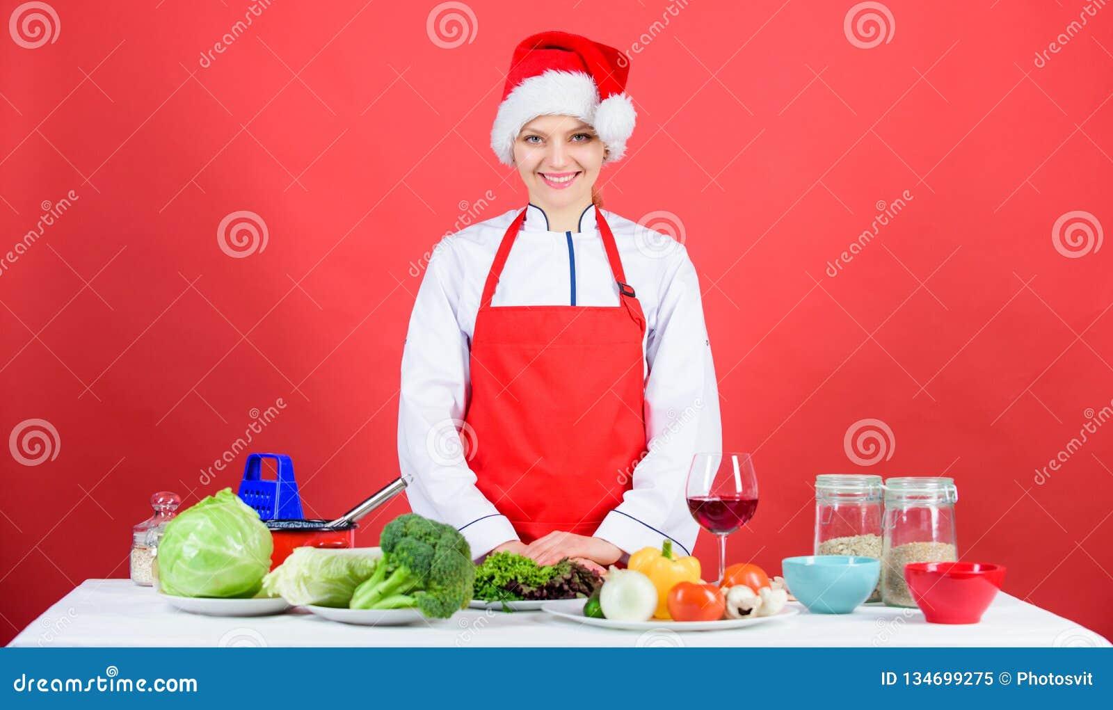 Christmas Dinner Ideas Woman Chef Cooking Christmas Dinner Wear