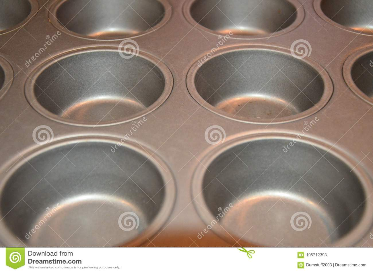 Christmas Dinner In A Tin.Christmas Dinner Yorkshire Puddings Baking Tin For Cooking