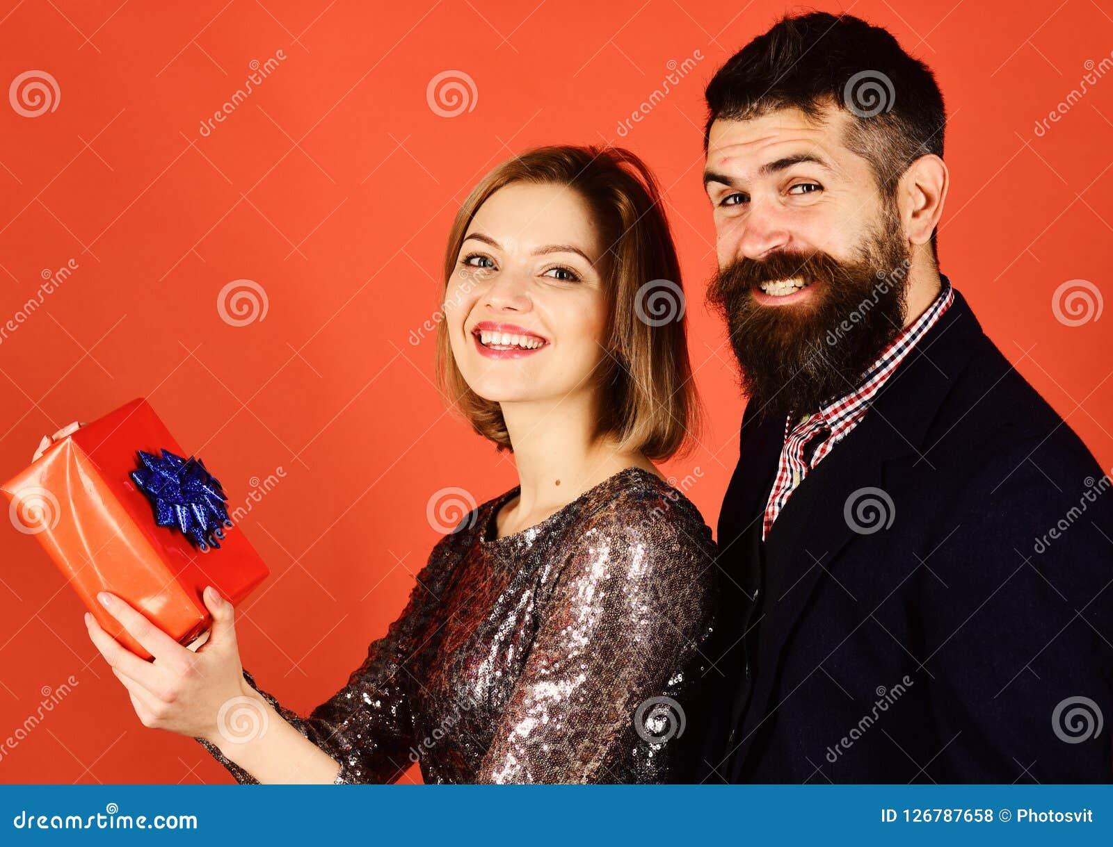 mann dating noen mens gift hva du skal gjøre når dating en travel fyr