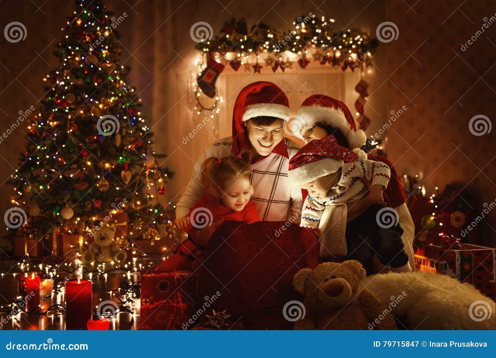 Christmas Family Open Present Gift, Xmas Tree Lights Interior