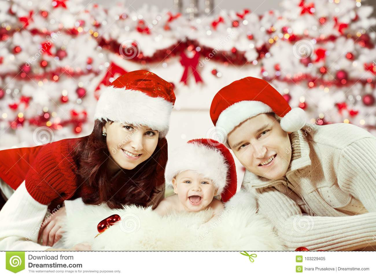 Newborn Christmas Pictures.Christmas Family Portrait Newborn Baby In Santa Hat Happy
