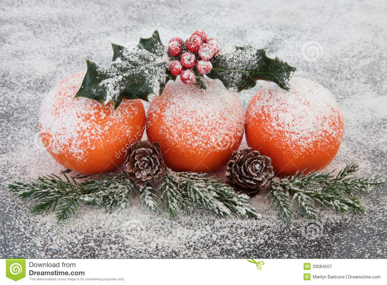 Christmas fruit decoration royalty free stock photography for Fruit orange decoration