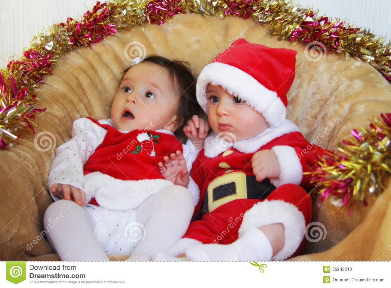 christmas funny small kids in santa claus clothes - Small Kids Images