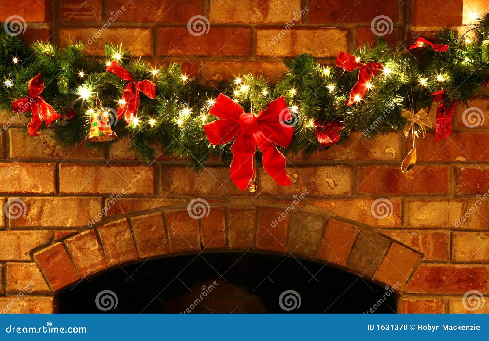 Christmas garland with lights stock photo image 1631370 for Christmas garland on fireplace