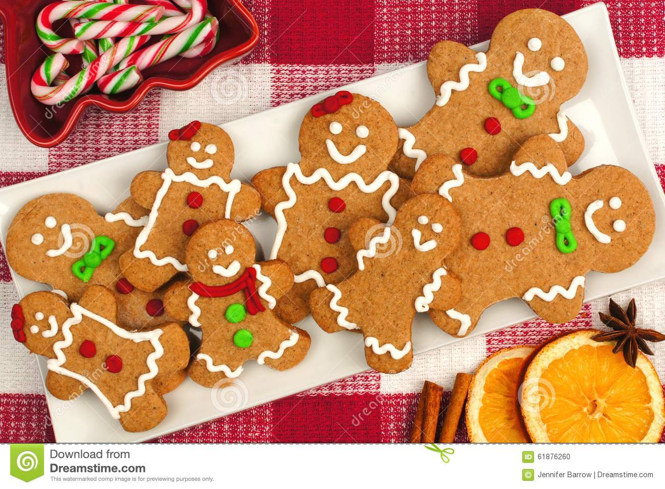 Christmas Gingerbread Man Cookies On Plate With Checkered