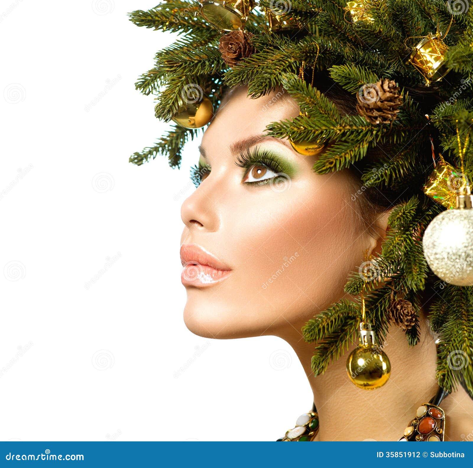 Christmas Woman. Beautiful Christmas Holiday Hairstyle.
