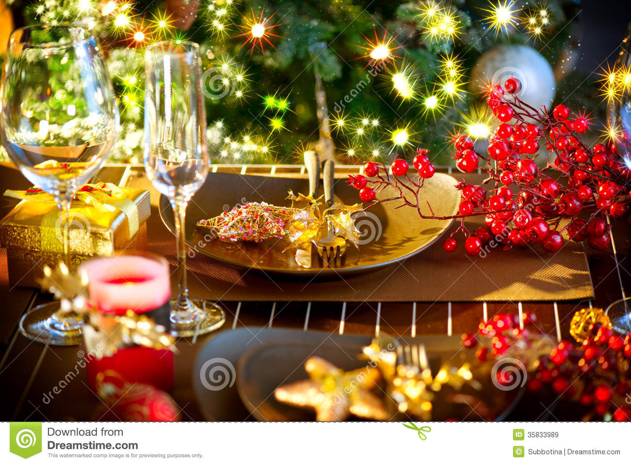 christmas holiday table setting stock image image 35833989. Black Bedroom Furniture Sets. Home Design Ideas