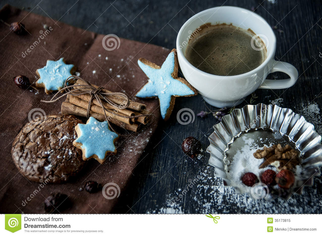 Christmas Cake Coffee And Cinnamon