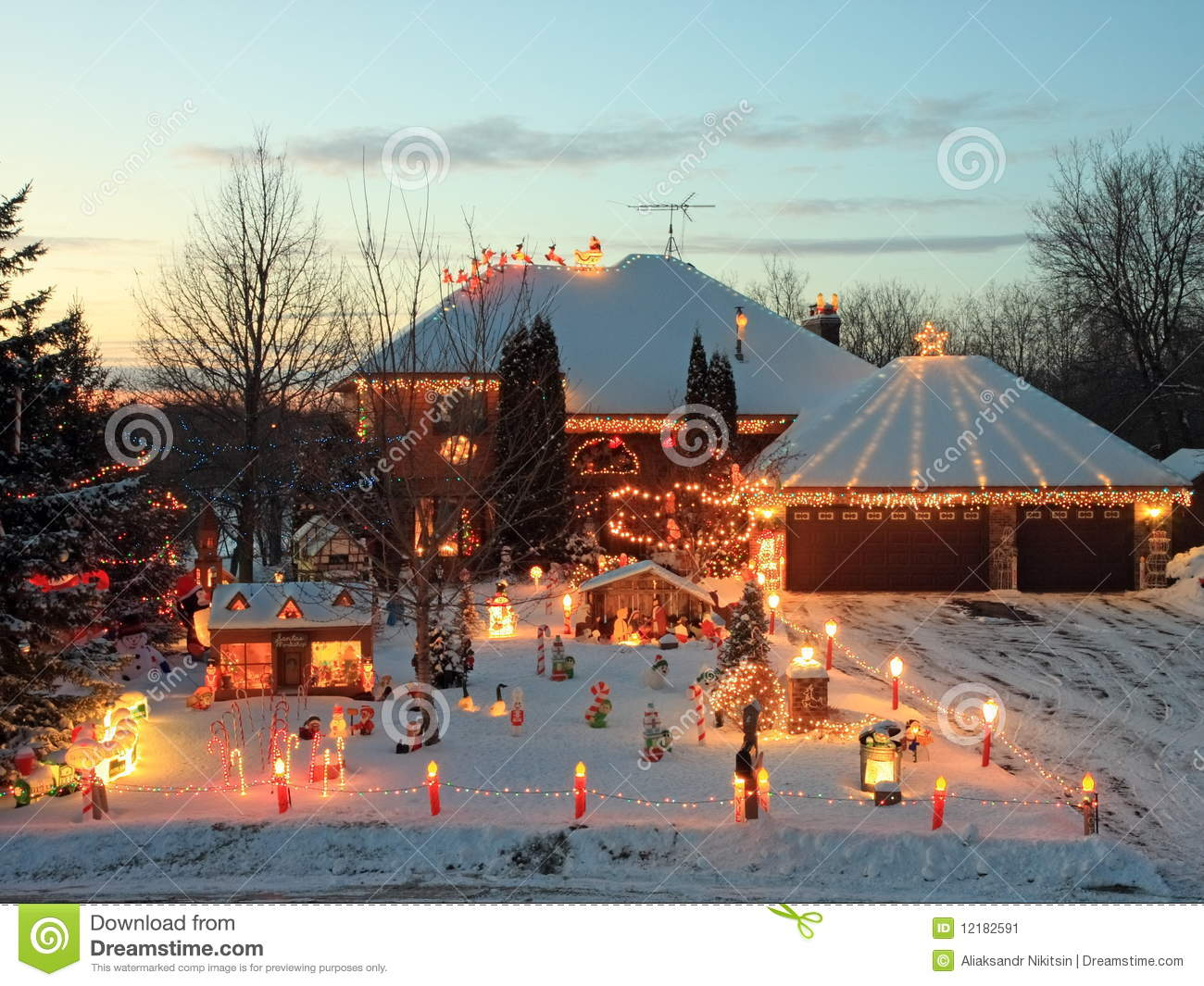 christmas house in minnesota