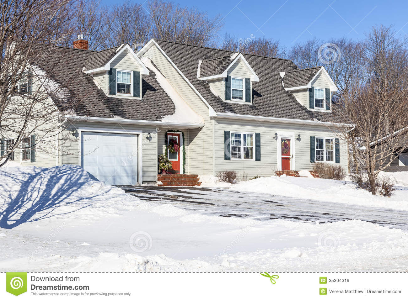 Classic Cape Cod House Plans Christmas House Royalty Free Stock Image Image 35304316