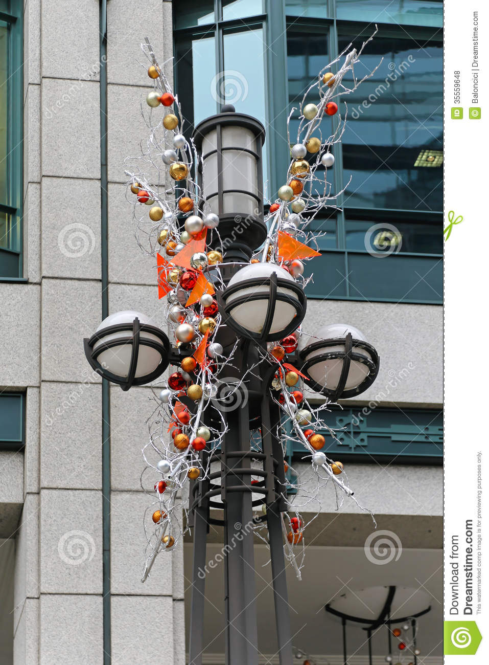 christmas lamp post