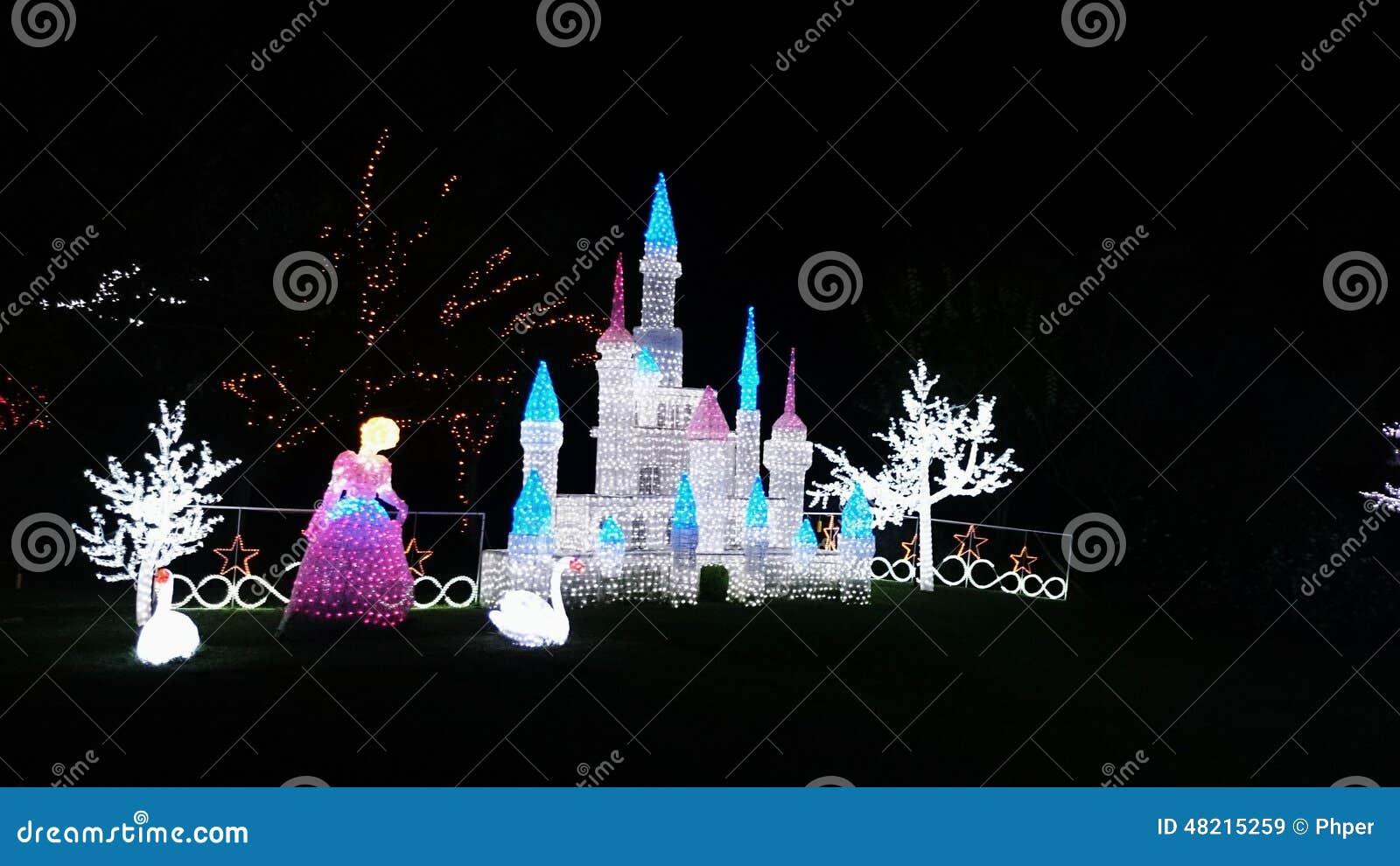 Cinderella Castle Christmas Lights.Christmas Light Show Cinderella And Castle Editorial Stock