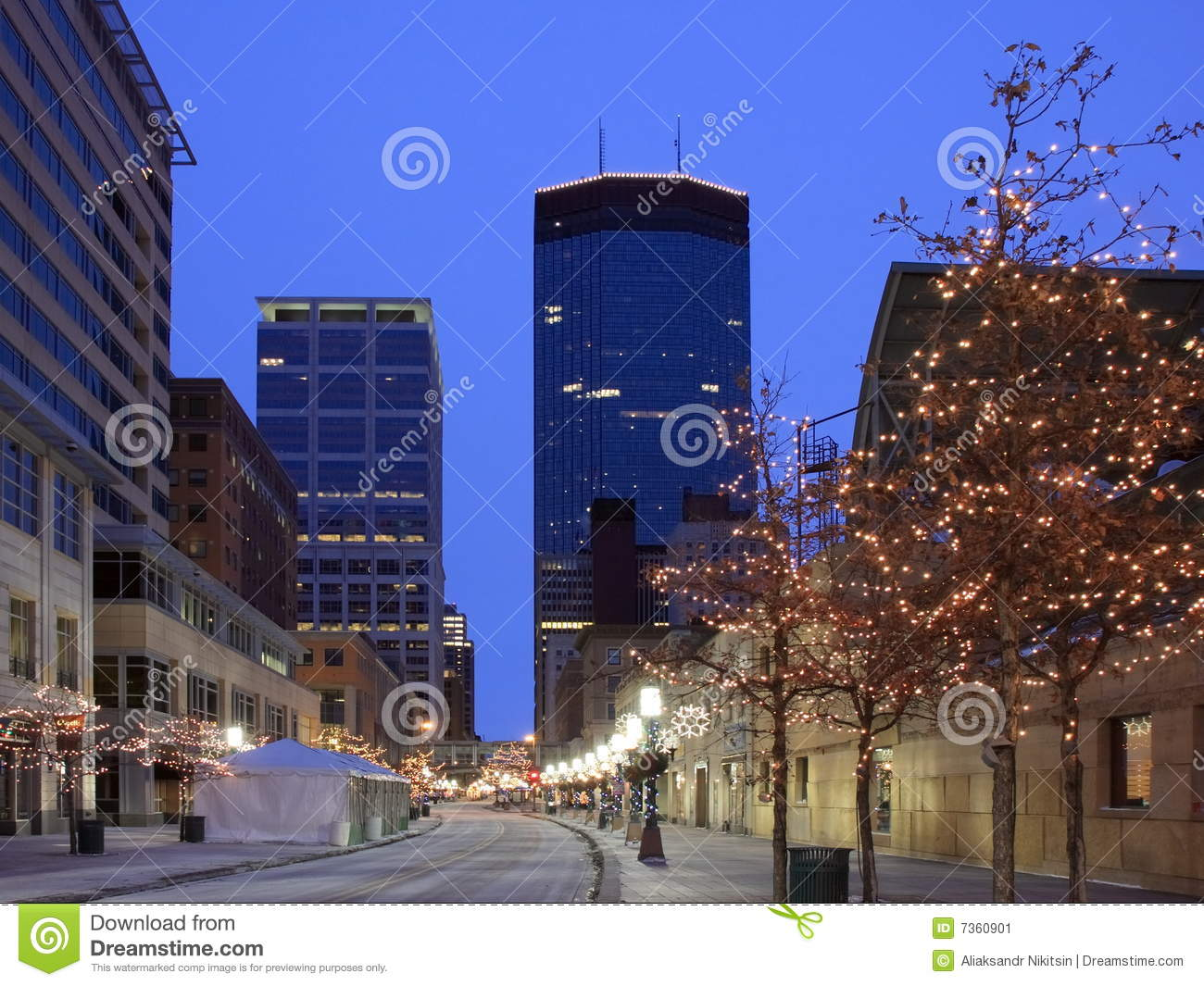 royalty free stock photo download christmas lights in minneapolis - Christmas Lights Minneapolis