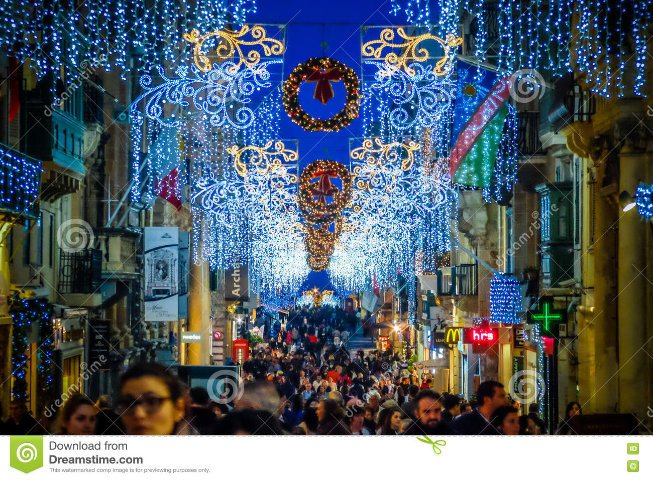 Christmas in malta valletta holiday decoration on the for Photo decoration