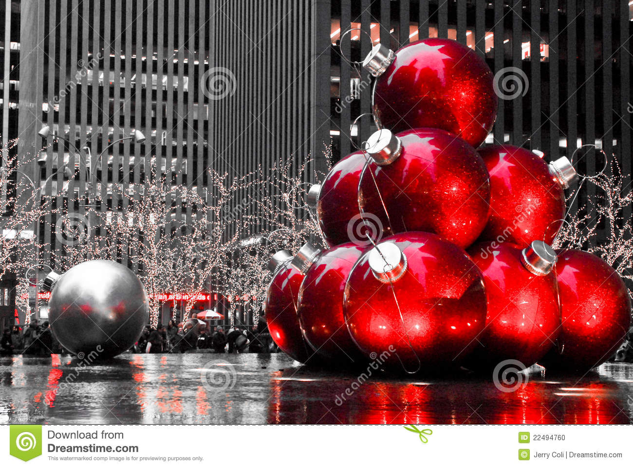 Christmas In Manhattan, NYC Editorial Image - Image of holiday ...