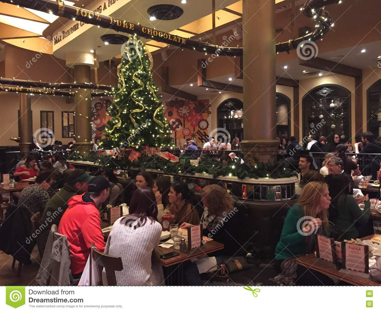 Christmas At Max Brenners Chocolate In NYC Editorial Image - Image ...
