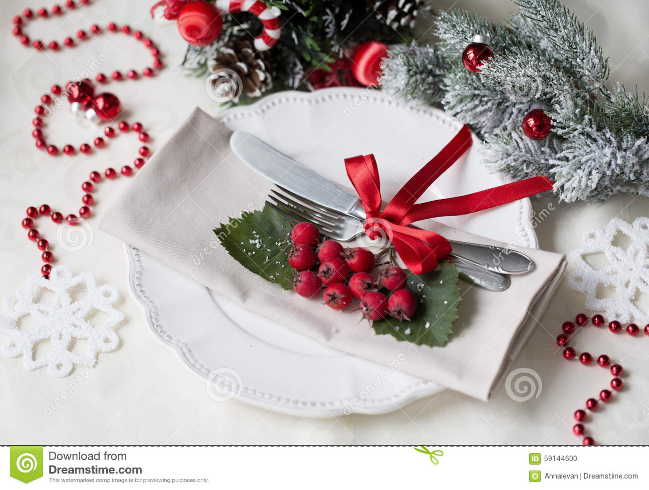 Christmas and new year holiday table setting celebration - Decor de table noel ...